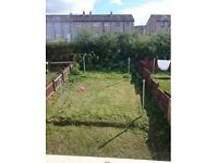 (GHA) Swap Semi-detached 2beds front & large back garden... Looking for Westend or City centre