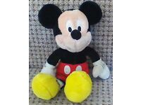 mickey mouse and minnie mouse toys
