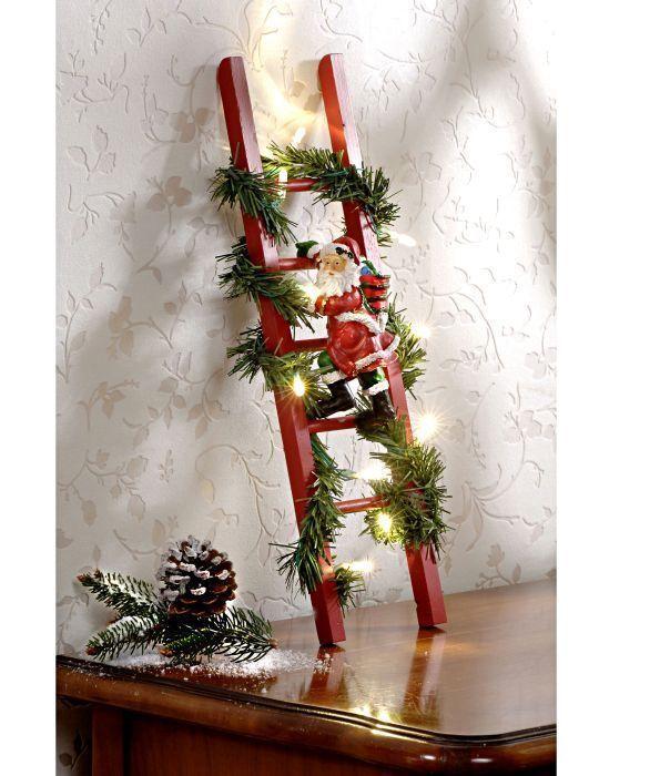 Kletternder Weihnachtsmann auf beleuchteter LED Leiter 36 cm Lichterkette Deko