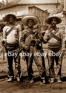 1911-1930 CLOSEUP 3 ARMED MEXICAN REVOLUTION REBELS REBEL BANDIT RIFLE GUN PHOTO