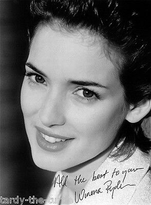 Girl Edward Scissorhands (Winona Ryder  Autograph Reprint   Edward Scissorhands  Girl, Interrupted)