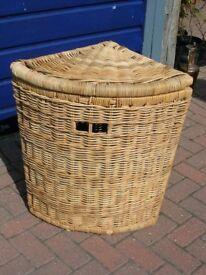 Large 27ins H strong corner ALI BABA basket