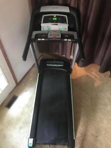 Horizon CT 5.3 Fold Up Treadmill - Barely Used