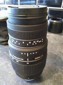 Sigma 70_300 1:4-5.6 zoom lens Nikon fit