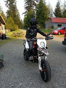 Immaculate Supermoto - $8500 Firm or Trade + Cash