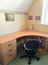 Short Term - Office / Desk Space / £18 per day all Inclusive