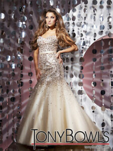 LIKE NEW! Tony Bowls Gold Sequin Mermaid Gown Size 6