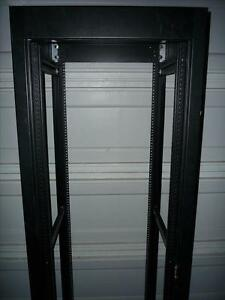 36U server rack/cabinet with removable side-panels