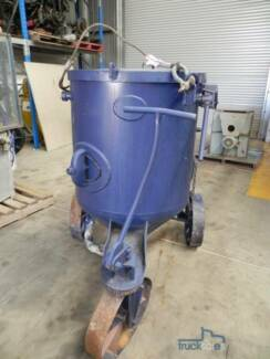 Hopper Sand Blaster Wingfield Port Adelaide Area Preview