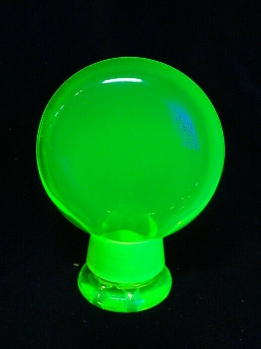 Black Light GLASS - URANIUM VASELINE - TOBACCO & STORAGE FLASK - KRYPTONYTE