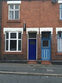 19 Nash Peak Street, Tunstall - 3 bed - £450pcm