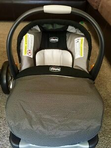 CHICCO GRAPHICA KEYFIT CARSEAT!!
