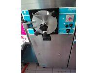 Ice cream batch freezer --- Frigomat
