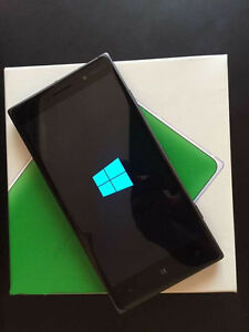 Microsoft Nokia Lumia 830 Windows Phone Original Box & Warranty