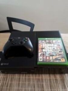 Xbox one 500G + Gta 5 + 1 manette (controller)