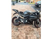 Yamaha YZF R125cc, 1000 MILES, 2X KEYS, FULL PAPERWORK, black/red, sports bike, race, yzf, grey,