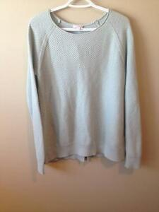 GAP- Sweater