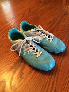 Size 8 Women's Soccer Cleats