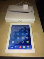 iPad Retina Display 4th Generation Mint - with Lightning Cable