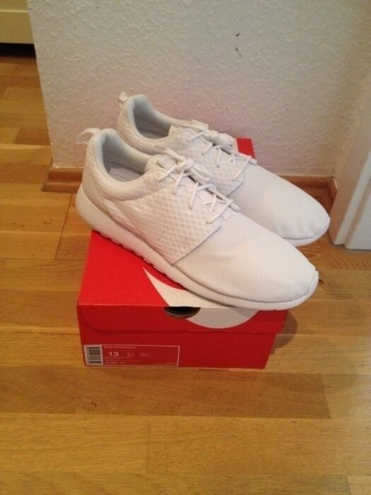 9c76141feac5d Nike Roshe Run US 13 UK 12 EUR 47