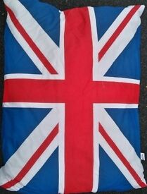 Large Dog Bed With Zipped Washable Cover 95cm x 65cm - Union Jack NEW