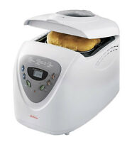 BRAND NEW Sunbeam 2 lbs BreadMaker