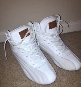 BRAND NEW IN BOX RYDERWEAR SHOES (CHEAP!!)