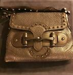 Gucci - Pelham Flap Studded Leather Handtas