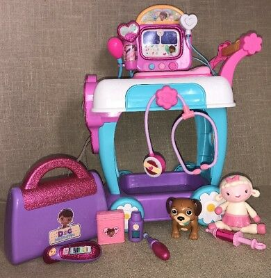 Doc Mcstuffins Clinic (Lot Of Disney Doc McStuffins Hospital Care Clinic)