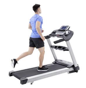Spirit Fitness XT685 Treadmill 50 Miles Only Large Run Deck