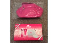 BNIB Lacoste Touch of Pink Gift Set & Vanity Bag