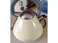 Electric Kettle and Toaster in Cream