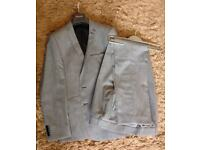 AS NEW BEN SHERMAN GREY MENS SUIT 38 36L