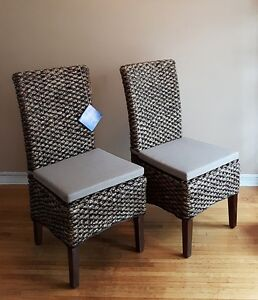 Riverside Furniture Mix-N- Match Woven Chairs