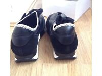 GENUINE BALENCIAGA RACE RUNNERS SIZE 7 !!!