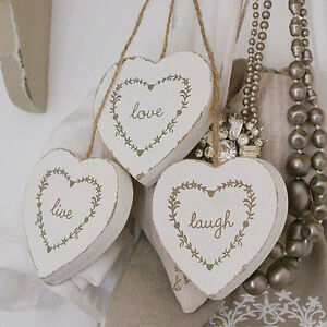 LIVE-LAUGH-LOVE-THREE-HANGING-WOODEN-HEARTS-MAKE-A-GREAT-GIFT-OR-WEDDING-FAVOURS