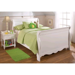 Nouveau Lit Twin, Brand New Twin Bed