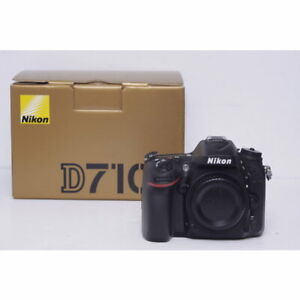 Nikon D7100 24MP DX DSLR with box