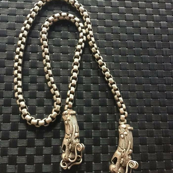 China Old national style Tibet Silver Carve Men/'s necklace Loong head necklace