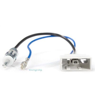 Antennenadapter GT13 DIN Honda Accord Nissan Juke Navara Pathfinder Qashqai G35 ()