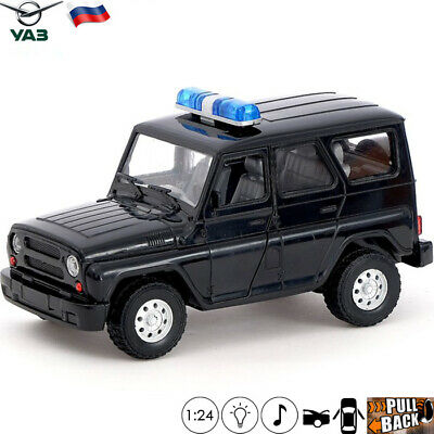 Model Car Scale 1:24 UAZ Hunter Russian Special Police Toy Cars Light Sound 7''