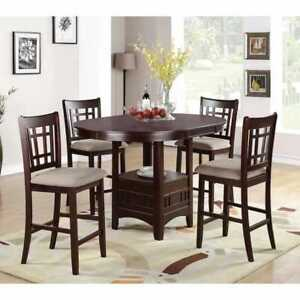Elegant Table with four posh chairs