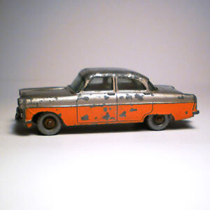 FORD ZODIAC NO. 33 MADE IN ENGLAND BY LESNEY (RARE)