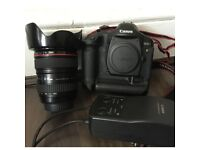 Canon EOS Digital SLR Camera with Canon Zoom Lens 24-105mm IS USM