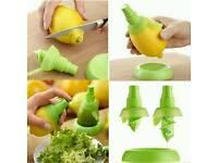Mini lemon sprayer