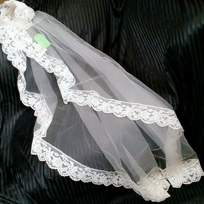Vintage white Wedding Bridal Veil lace Headpiece Floral Embroidered Lace & Tulle