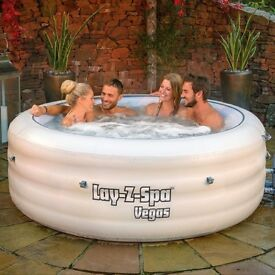 Vegas Lay-z-spa 6 man Hot Tub - including thermal cover and chemicals