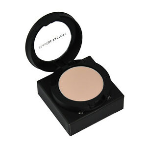 Eye-Shadow-Primer-Base-Makeup-Essentials-Buy-1-Get-1-Free-921x2