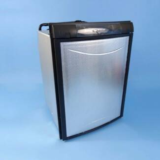 Dometic RM 2350 90L 3 Way Fridge Gas/LPG 12V 240V