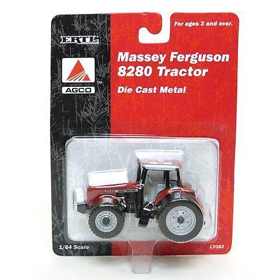 1/64 ERTL MASSEY FERGUSON 8280 4WD TRACTOR W/ REAR DUALS